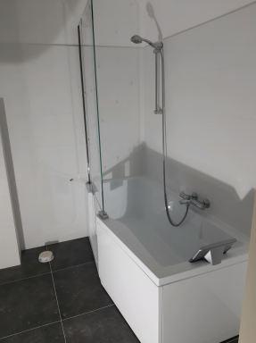 Renovatie badkamer Boxtel met instapbad