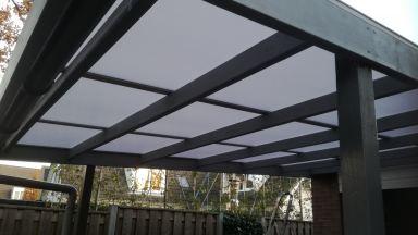 polycarbonaat platen op carport