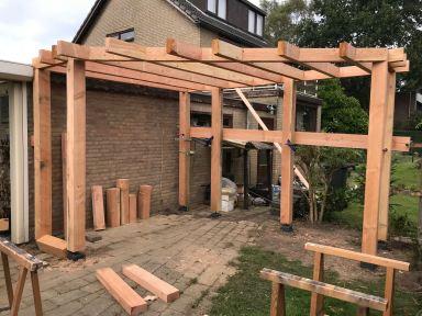 Opbouw veranda Valburg