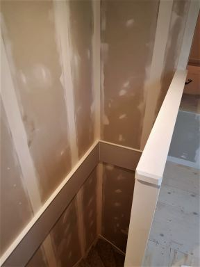 Zolder verbouwing afwerking trappengat  Velp