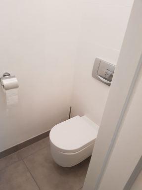 12. Toilet nieuw