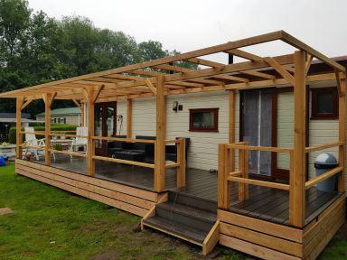 Overkapping van Douglas hout Borne