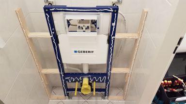 Toilet renovatie Dordrecht wandreservoir montage