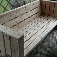 Tuinbank, zelf ontworpen. Dus ook voor al uw tuinmeubelen kunt u bij mij terecht.