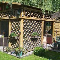 Tuinhuis en meubels, zelf ontworpen en gebouwd. Noorden