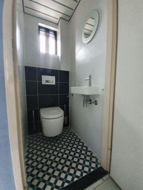 Toilet 2 verbouwing Heemskerk