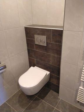 Staand toilet vervangen voor hangend toilet Strijen
