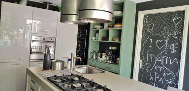 keukenkast op maat voor opdrachtgever in Mantgum