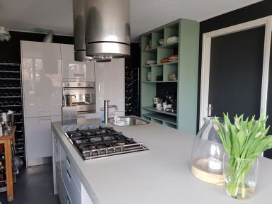 keukenrenovatie met op maat gemaakte keukenkast