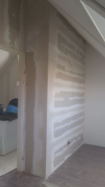 wanden geplaatst op zolderverdieping woning in Borne