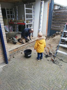 voorbereiding voor het plaatsen van de tuindeuren gemaakt door SK Ge veltechniek uit Haaksbergen.