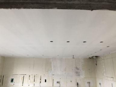 Renovatie keuken Scherpenheuvel Gyproc plafond afgewerkt en ledverlichting