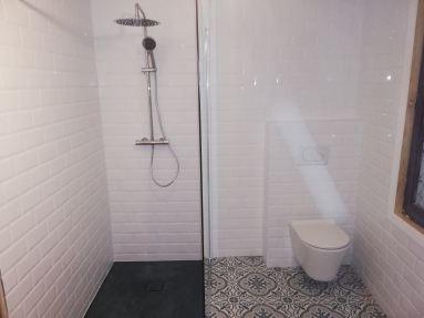 badkamerrenovatie te Rupelmonde met inloopdouche