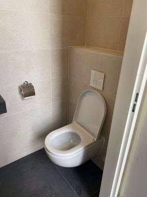 Toiletruimte gecreëerd in nieuwbouwwoning te Lelystad